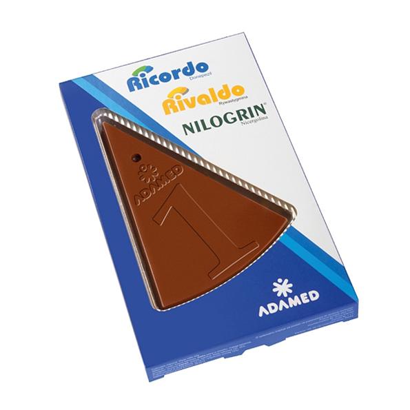 Reliëf chocolade met eigen logo - taartpunt
