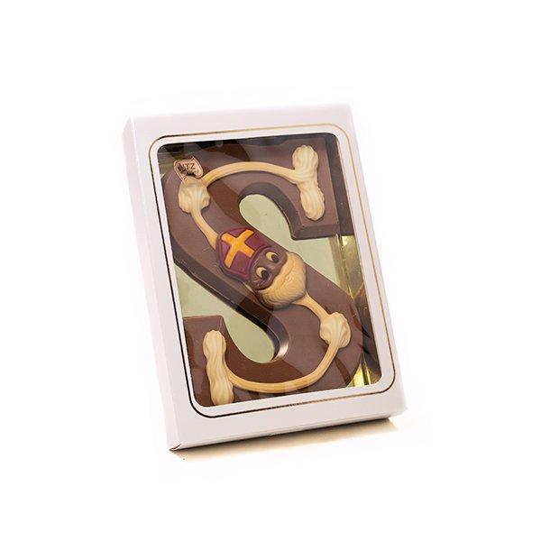 Chocoladeletter met decoratie 1