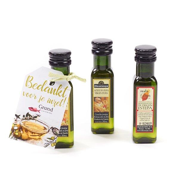 Olijfolie in flesje 2