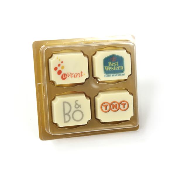 4 logo bonbons in doosje