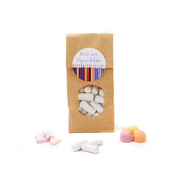 Papieren zakje snoep voor de leidster - klein