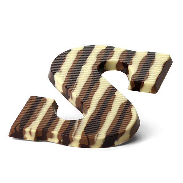 Chocoladeletter decoratie streepjes