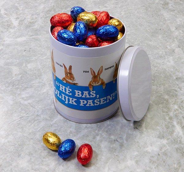 'Hé Bas, Vrolijk Pasen!'